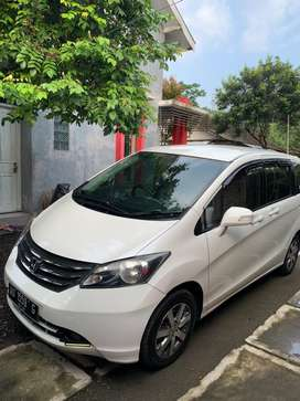 Honda freed pad 2012