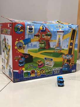ICONIX TAYO THE LITTLE BUS AMUSEMENT PARK PLAY TOY SET
