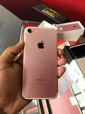 iphone 7 (256gb) rose gold colour 1 year used
