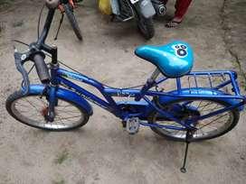 Sundancer girls cycle