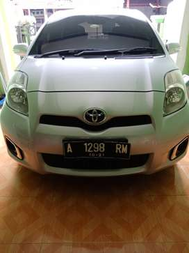 Toyota yaris type J matic 2012 sedan