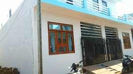 Quality house available@Jankipuram