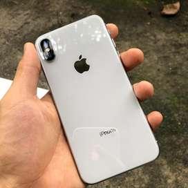 Iphone x 64gb silver lengkap mulus