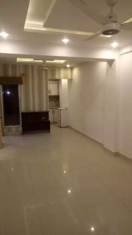 E11 3bed rooms flat for rent on family residential and luxry apartment