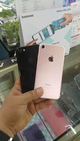 iPhone 7 ( 128 GB ) bekas batangan mulus ex pakai normal