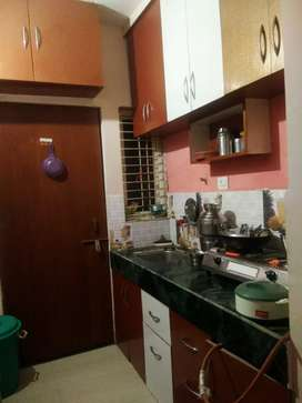 Furnished Flat Bechana Hai
