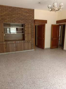 3 Bedrooms drawing Room first floor available