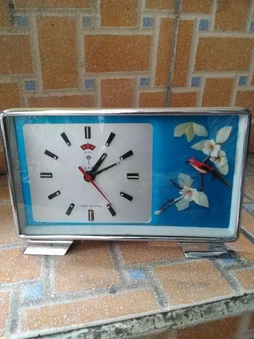 Polaris jam meja alarm vintage normal dan akurat all original Rare