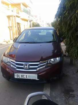 Honda city vmt...Doctor car..top model...