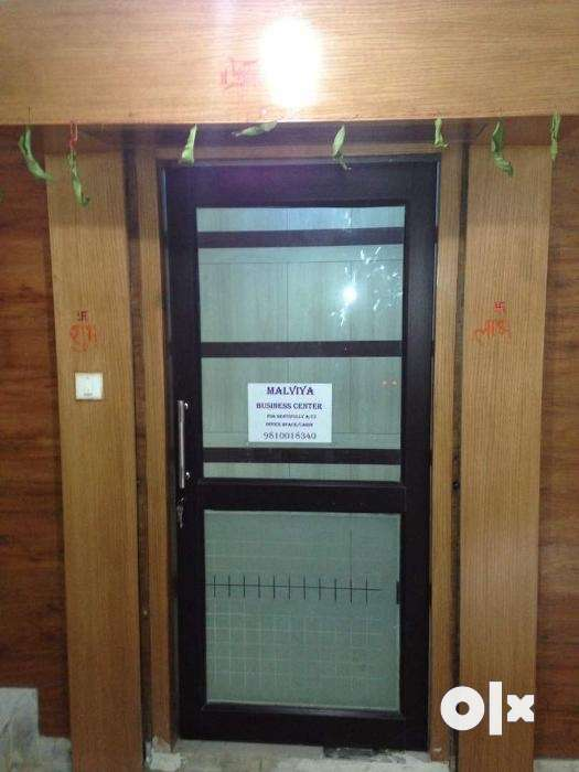 Fully Furnished Office A/C Space 0