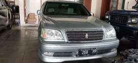 Toyota crown rs hybrid 03 komplit stnk off3tao  khs colect  cash 123jt