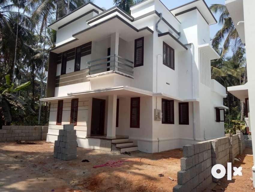 Vellimadukunnu 4.50 Cent 3 Bed New House 68 Lakh 0