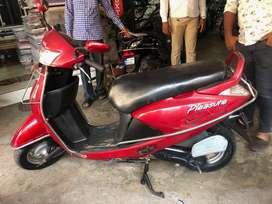 2011 Model Hero Pleasure 24000 Kms, Interested buyer call me soon
