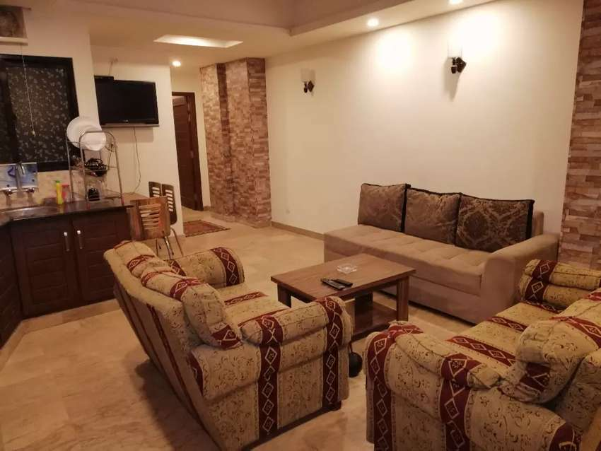 Bahria town perivate room avaible for rent in per day 0
