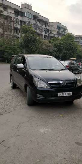 Innova  first owner, 2006, all services done Toyota,