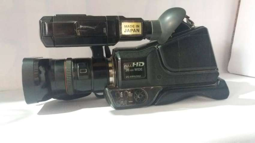 Panasonic MD H2 Video Camera Urgent Sale with Accessories and Bag 0