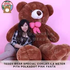 Teddy Bear Coklat Special 1,8 Meter Pita Polkadot Pink Fanta