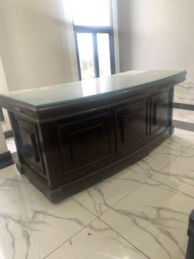 Ofiice table 6'*2.5' with 8mm glass