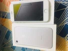 Iphone 7 128 gb warranty till sep-2020