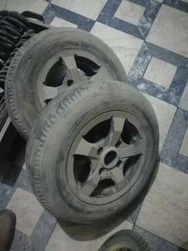 2 tyres with Alloy Rims ( 12 size) 145 R 12