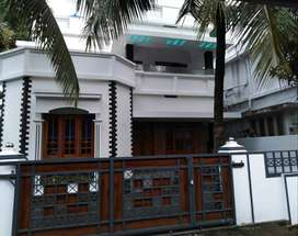 A NEW 3BHK 4CENTS 1450SQ FT HOUSE IN KALATHODE,THRISSUR