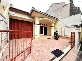 Rumah Jalan Magelang Jambon Dekat SKE dan JCM  Info lengkap: