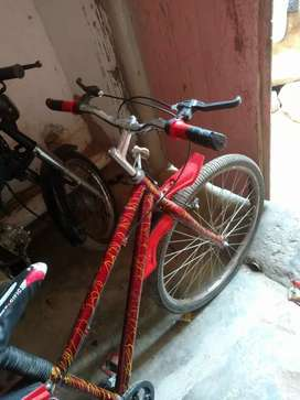 Bicycle urgent sale 6500