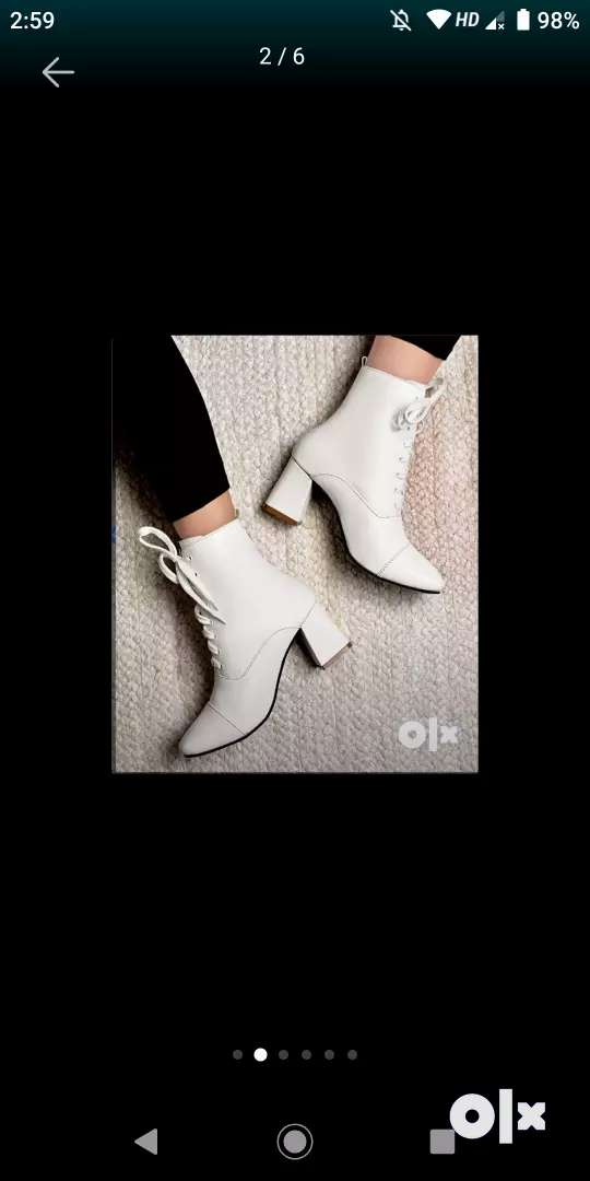 White boots 0