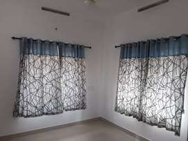 2 bhk appartment ground flor near stare care hospital. Thondayad