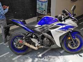 Yamaha-R3.