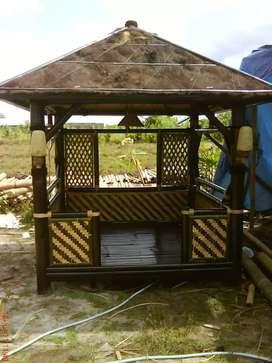 Pembuatan jenis saung dan taman