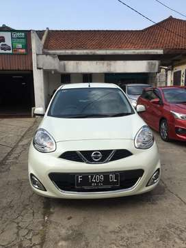 Nissan march 1.5 XS manual 2016