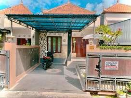 Rumah Batubulan dekat Denpasar