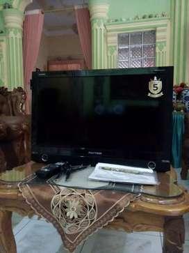 TV Polytron 24 Inch