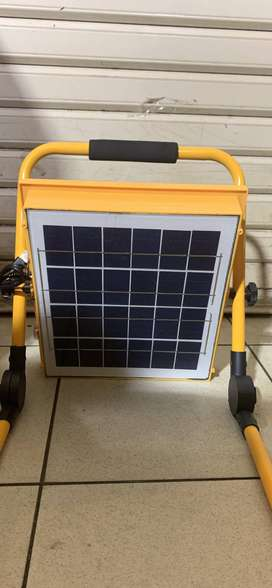 Lampu Sorot Led Emergency 100 Watt 100W USB Emergency Dan Solar Charge