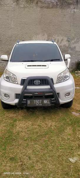 Jual murah Toyota Rush matic tipe g 2012 pajak panjak