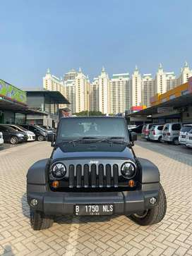 Jeep Wrangler Rubicon 3.8 AT 2011