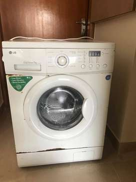 LG inverter Direct Drive Front Loading (7Kg) Washing Machine for sale.