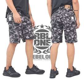 Celana Cargo Pendek // Rebel One