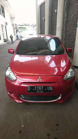 Dijual Mitsubishi Mirage type GLX Merah tahun 2012 akhir
