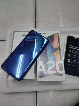 Samsung A20 ram 3/32gb.