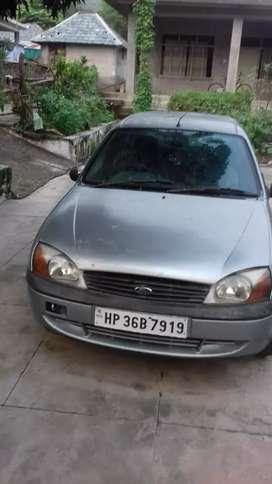 Ford ikon top model 2004