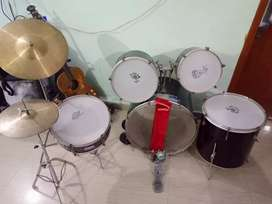 Drum set (manual 7 pc)