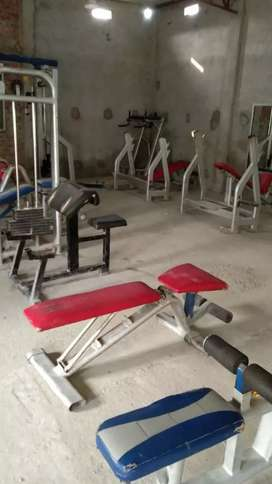 Gym for sell with mirror