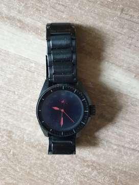 metal analog watch