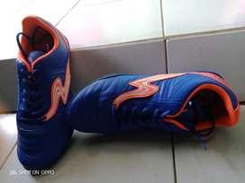 Jual sepatu futsal speed