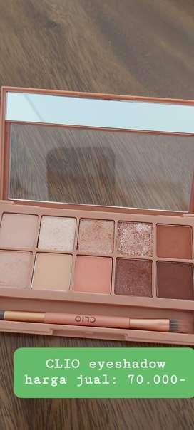 Clio Eyeshadow warna coral