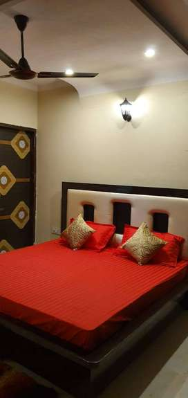 ON AIRPORT ROAD,MOHALI SECTOR 117,FULY FURNISHED 2BHK FLAT IN MOHALI