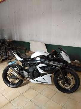 Kawasaki Ninja 250 RR Mono barang istimewa