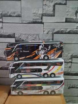 Miniatur bus...